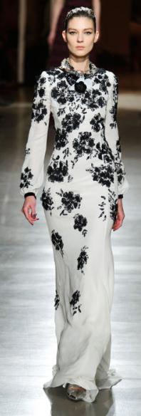 Runway meets Scrub wear! Fall 2015 Fashion Trends - Design by Oscar de la Renta